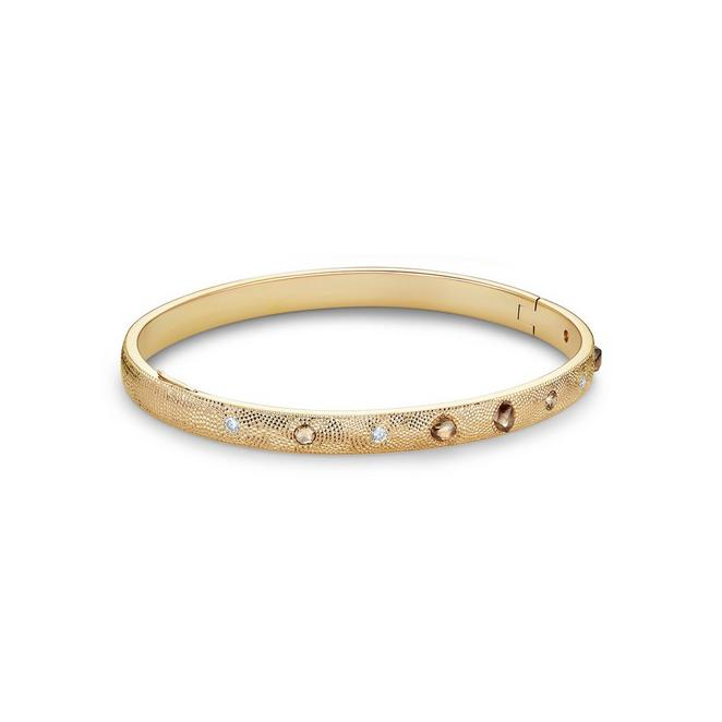 Talisman bangle in yellow gold