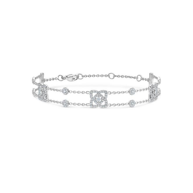 Enchanted Lotus bracelet in white gold