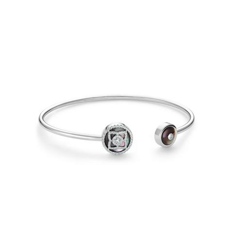 Enchanted Lotus bangle in white gold and mother-of-pearl