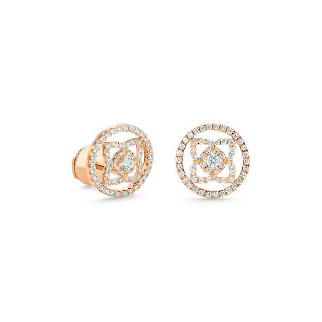 Puces d'oreilles Enchanted Lotus medal en or rose
