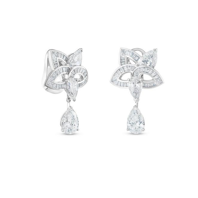Boucles d'oreilles Blooming Lotus, Lotus by De Beers