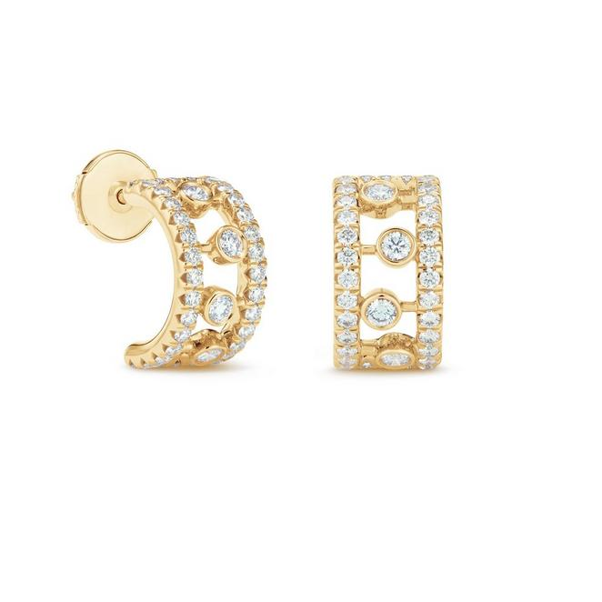 Dewdrop hoop earrings in yellow gold