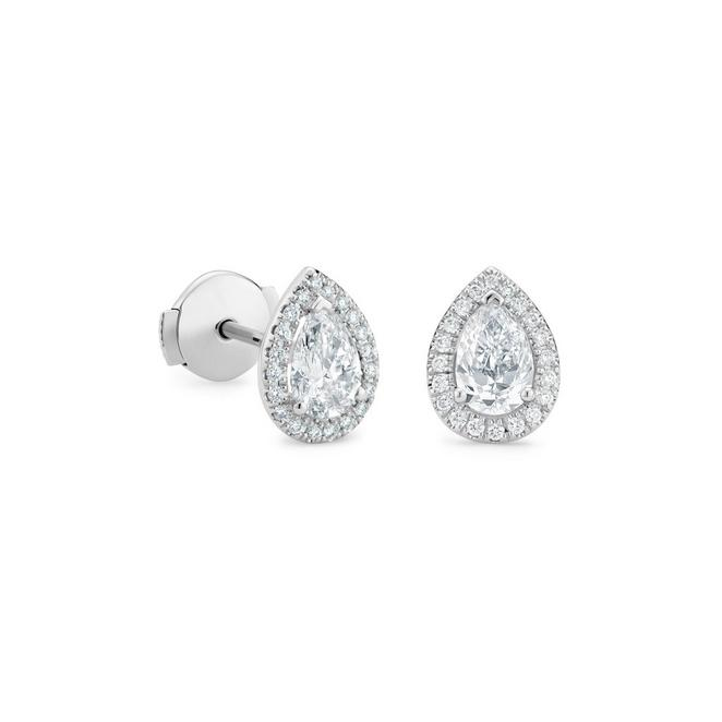 Aura pear-shaped diamond studs