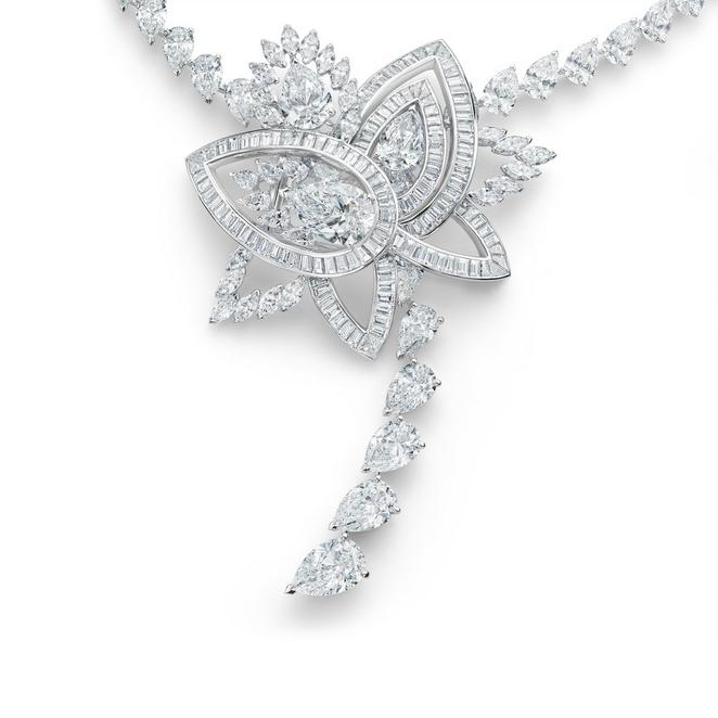 Collier Blooming Lotus, Lotus by De Beers