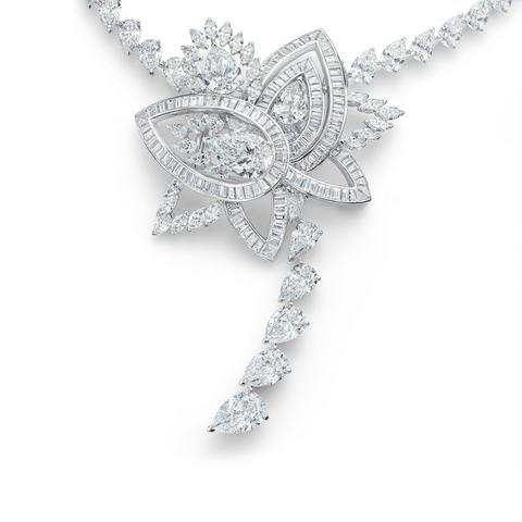 Lotus by De Beers, Blooming Lotus necklace
