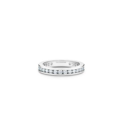 Channel-set eternity band in platinum