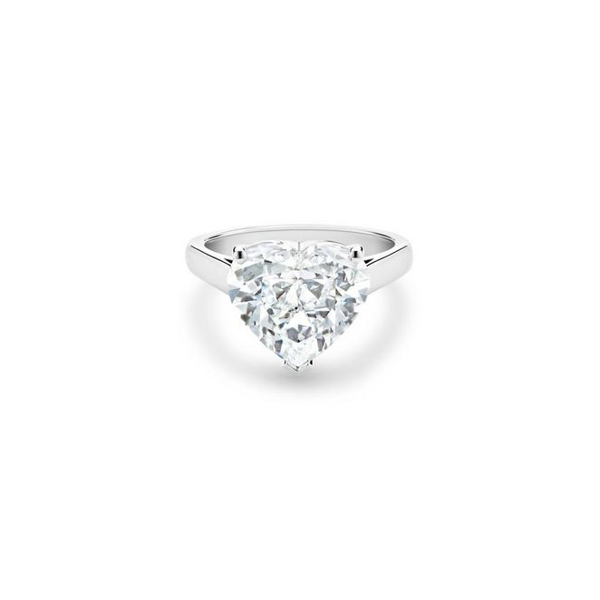 DB Classic heart-shaped diamond ring