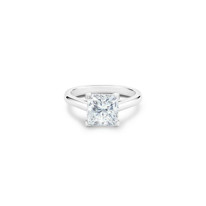 DB Classic radiant-cut diamond ring