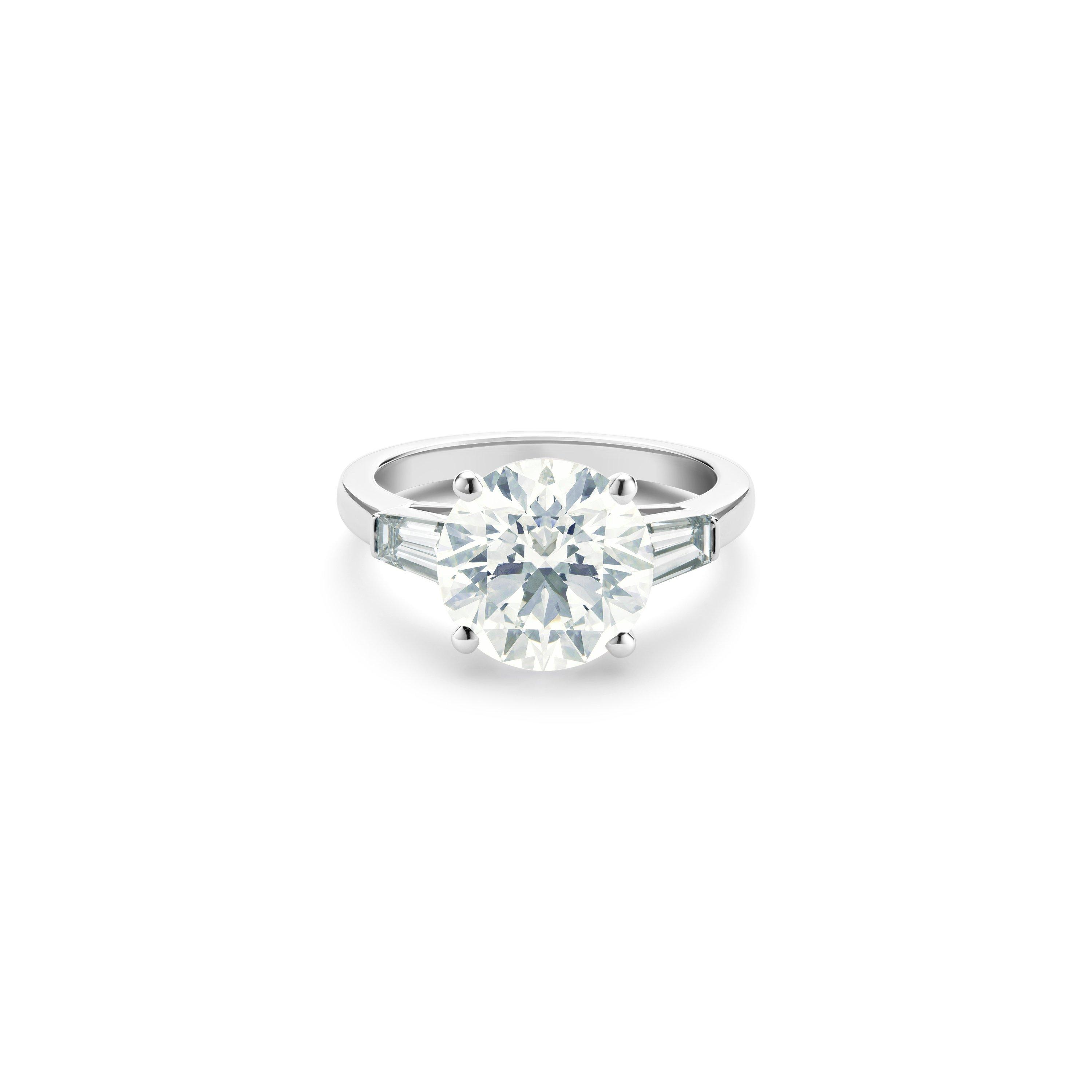 Db Classic Round Brilliant And Tapered Diamond Ring De Beers Nl