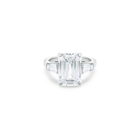 DB Classic高級珠寶鉑金祖母綠式和尖階梯形鑽石戒指