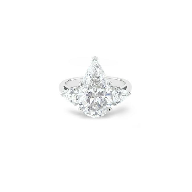 DB Classic高級珠寶鉑金梨形鑽石戒指