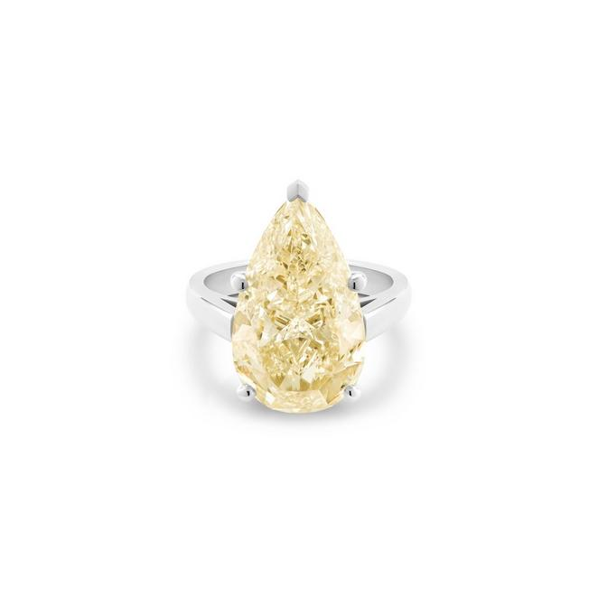 DB Classic fancy light yellow pear-shaped diamond ring
