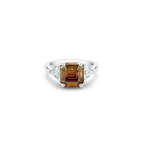 Solitaire DB Classic diamant fancy deep brown orange taille asscher