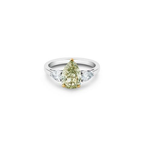 DB Classic fancy colour and white pear-shaped diamond ring