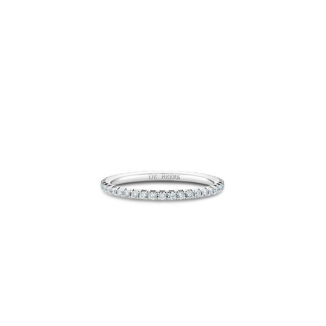 Aura eternity band in white gold