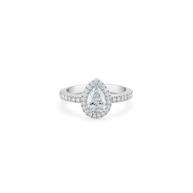 Aura pear-shaped diamond ring