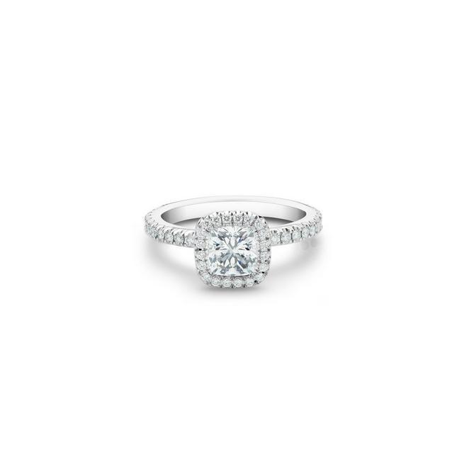 Aura 鉑金枕形鑽石戒指