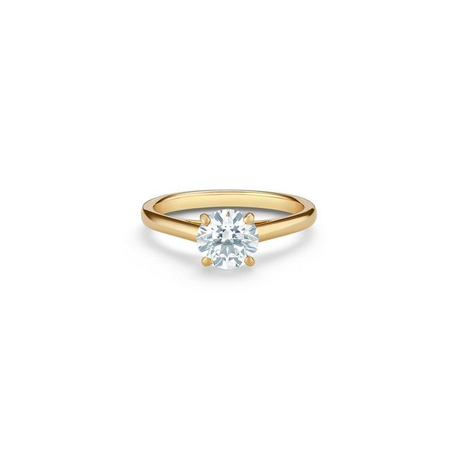DB Classic round brilliant diamond ring