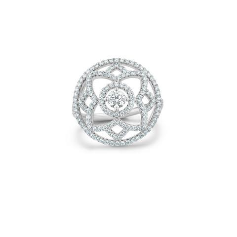 Enchanted Lotus medal ring in white gold