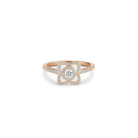 Enchanted Lotus ring in rose gold and mother-of-pearl