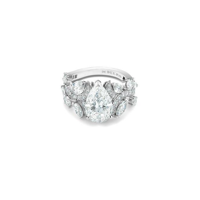 Bague Adonis Rose diamant taille poire en platine