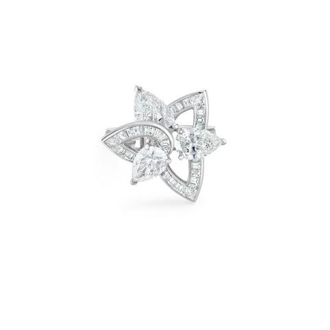 Lotus by De Beers, Blooming Lotus ring size 53
