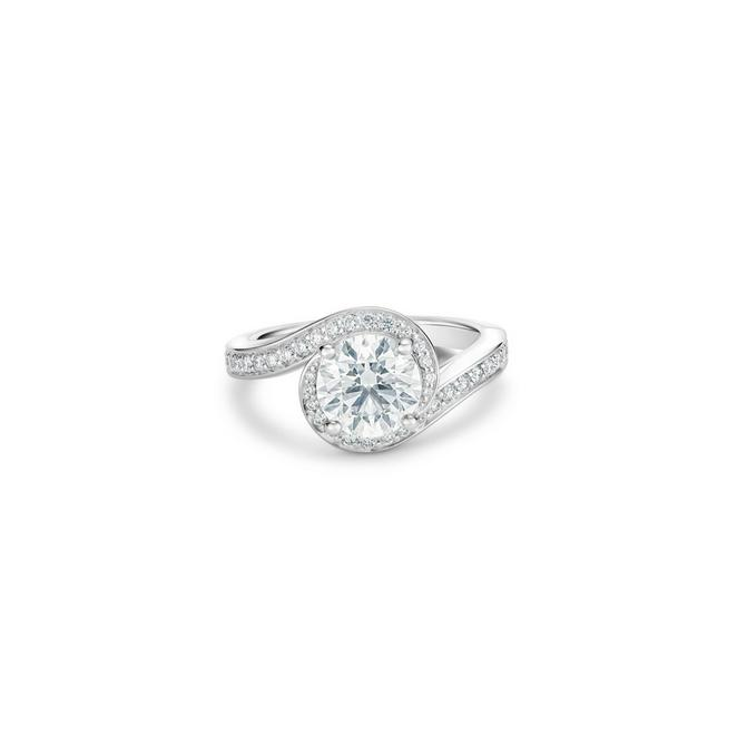 Caress round brilliant diamond ring