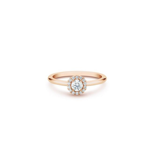 Aura round brilliant diamond ring in rose gold