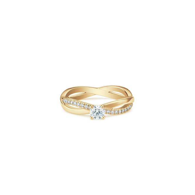 Infinity round brilliant diamond ring in yellow gold